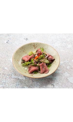 Салат с ростбифом по-тайски
