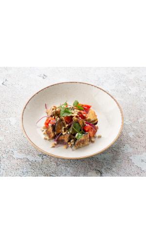 Салат с жареными баклажанами, томатами и красным луком